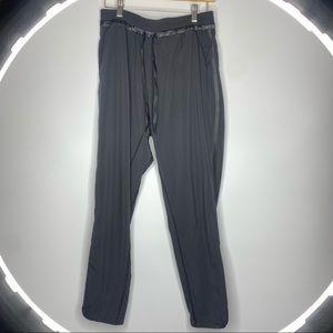 Lululemon pants 8